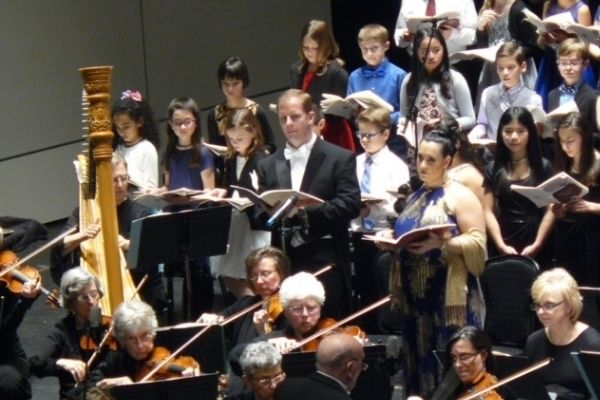 Pizzino and chorus